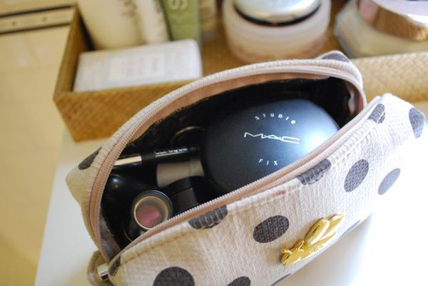 B bag inside