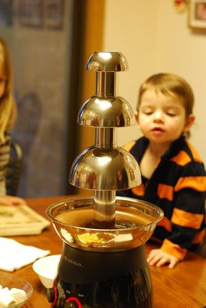 Chocolate fountain start2