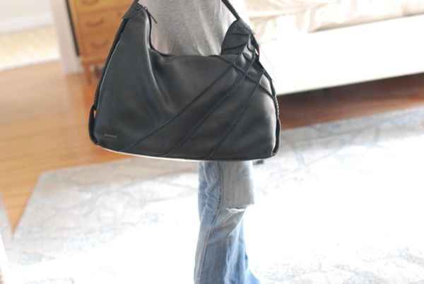 Nixon bag size