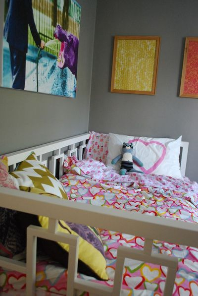 Toddler bedroom 11