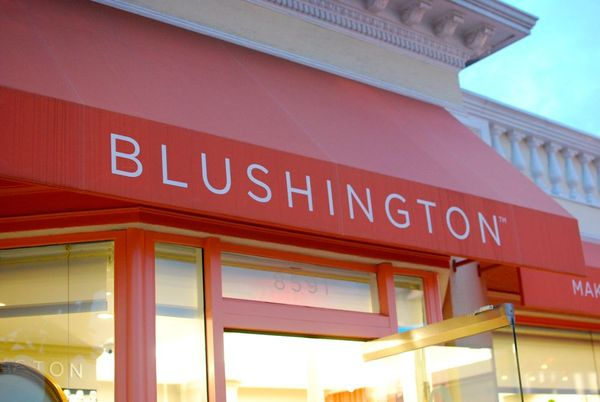 Blushington awning