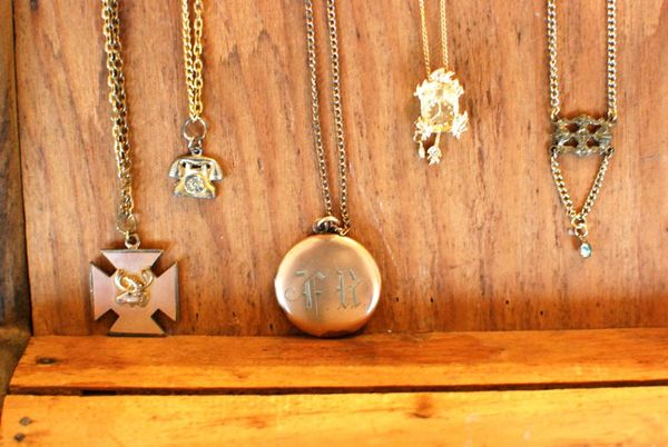 Craft cabinet necklaces