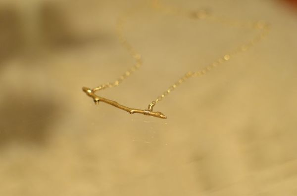 Lisa leonard gold tiny twig necklace