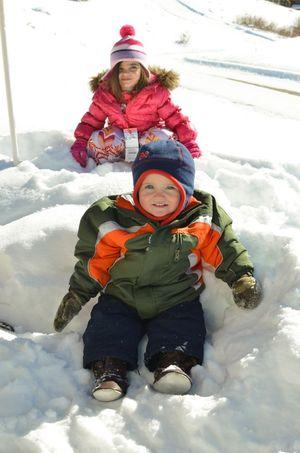 Skiing snow fun