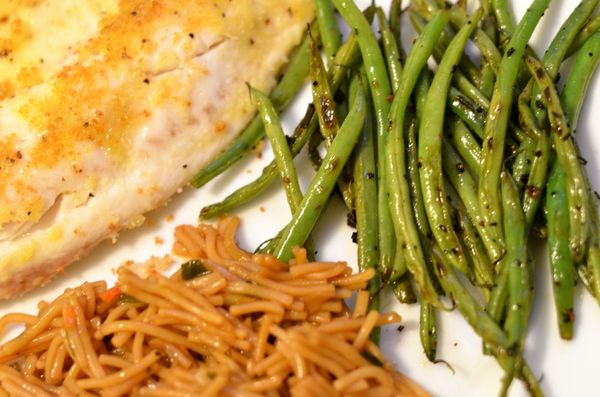 Garlic green beans side dish | hollywood housewife