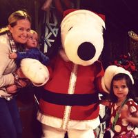 Knotts merry farm snoopy