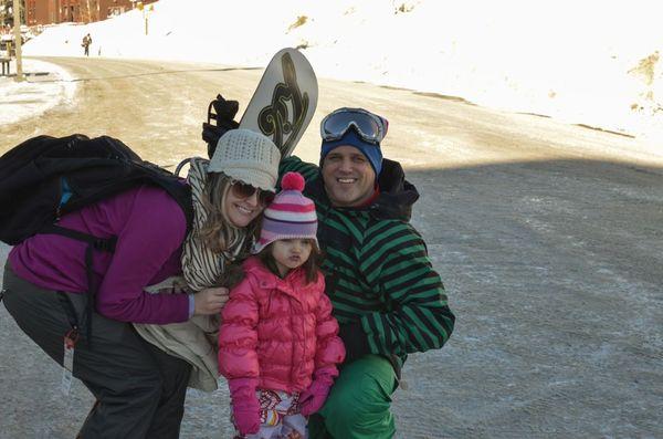 Skiing family photo