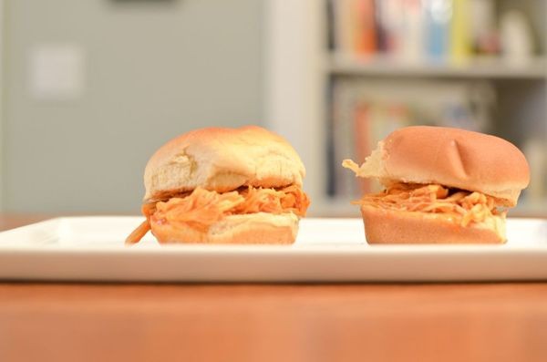 Shredded buffalo chicken sliders | hollywood housewife