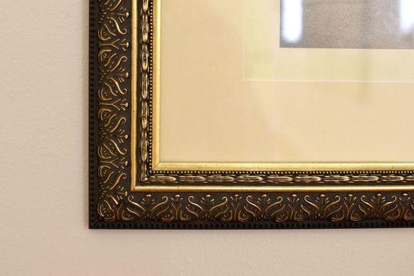 Custom framing with extra large mat for photograph