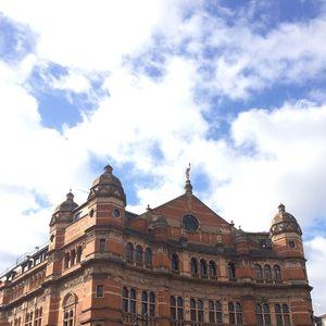 London building & sky