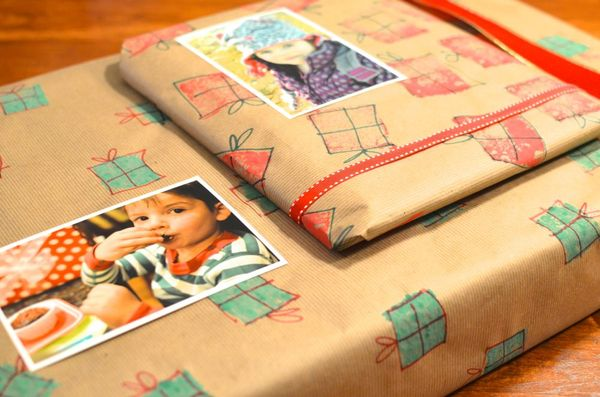Easy personalized wrapping paper gifts | hollywood housewife