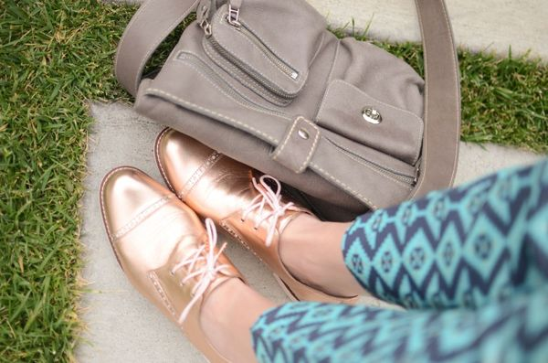 Metallic oxfords | hollywood housewife